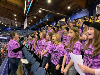 GDW Choir Performs at Chicago Wolves Game